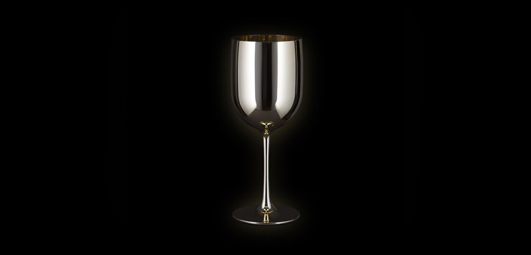 Gold Moët glasses with printing